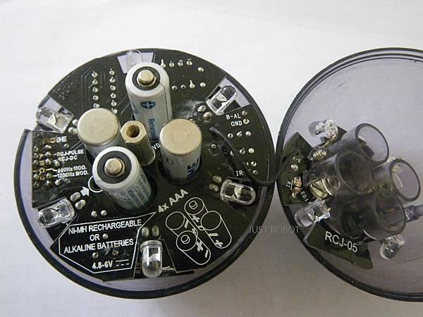 7.電池安裝方向