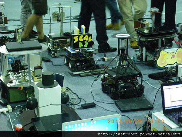 6.新光保全競賽機器人