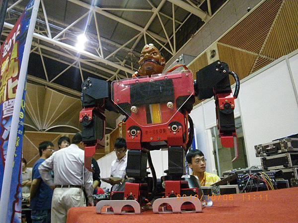新北市超級盃機器人格鬥-  (9)