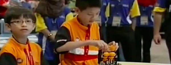 WRO2012競賽國小組冠軍-2