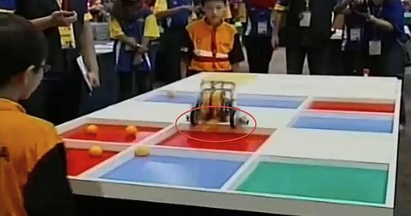 WRO2012競賽國小組冠軍-9 放球