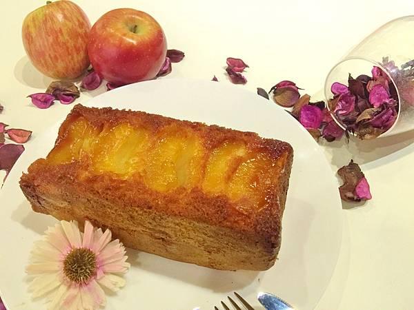 焦糖蘋果磅蛋糕.jpg