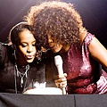 whitney-houston-3-500.jpg