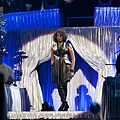 Whitney+Houston+In+Concert+7ULG94yXxiEl.jpg