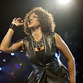 Whitney+Houston+In+Concert+Z3_6Q5UoDpHl.jpg