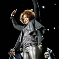 424143-whitney-houston-donne-un-concert-a-637x0-1.jpg