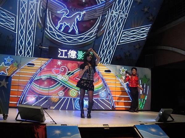 歌手:郭佩圻