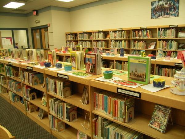 地點是圖書館