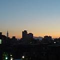 天漸漸亮了
