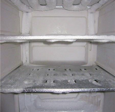 冰箱結霜,清理好麻煩!只要學會這一招,就能輕鬆除霜!1