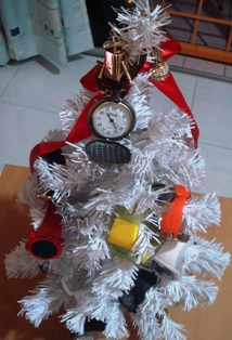 MY X'MAS TREE2.JPG