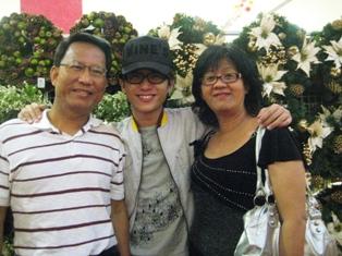 DADDY & MAMI.jpg