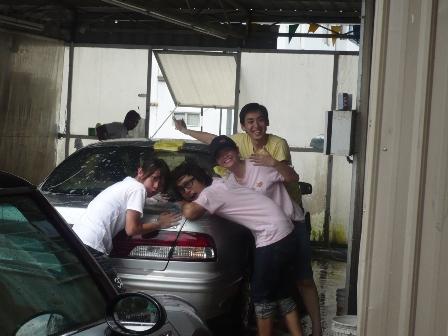 奋身洗车.JPG