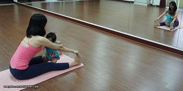 媽媽寶寶瑜珈~