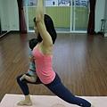 baby yoga 勇士姿