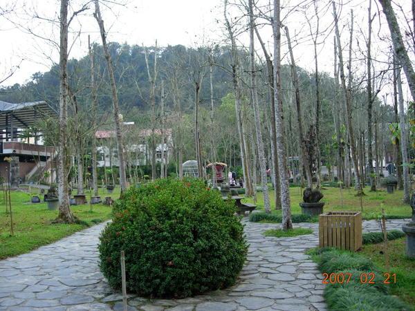 牛耳石雕公園(現在是小木屋旅館)
