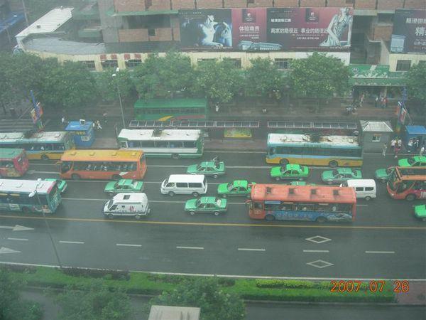 西安早上的街景