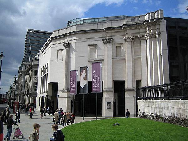 1280px-National_Gallery_London_Sainsbury_Wing_2006-04-17