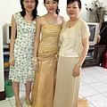 媽,二姐和我