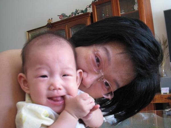 寶貝跟媽媽