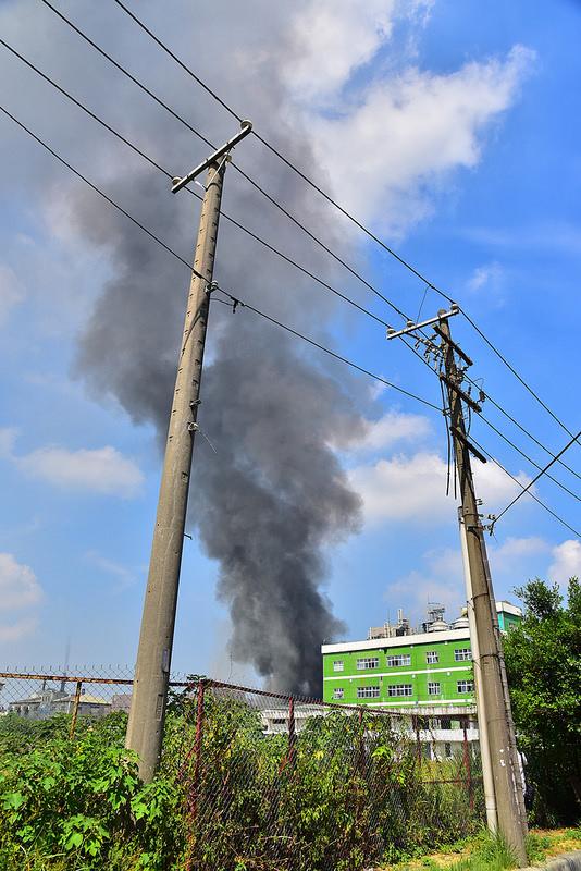新竹工業區火災 (1)