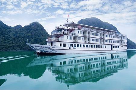 Huong-Hai-Sealife-Cruise-Overview-7jpg03.jpg