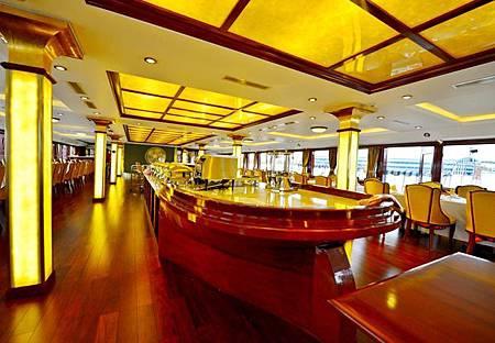 golden-cruise-dining.jpg