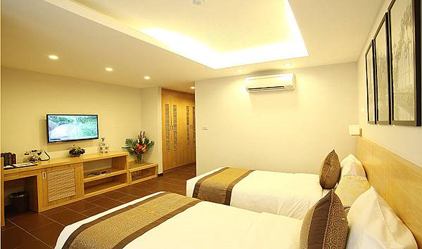 Riverside Hanoi Hotel-2.jpg