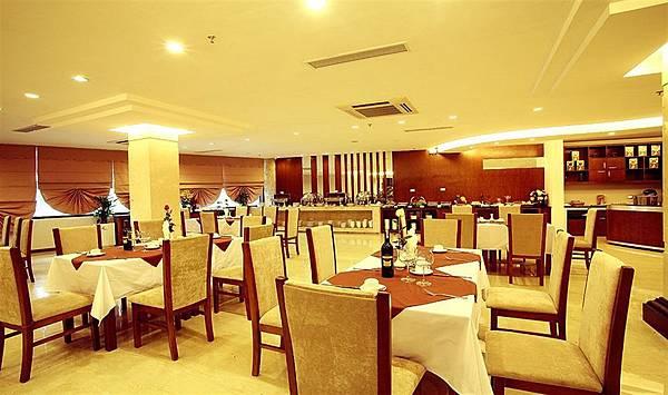 Riverside Hanoi Hotel-4.jpg