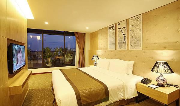Riverside Hanoi Hotel-3.jpg