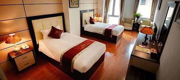 GOLDEN CYCLO HOTEL-3.jpg