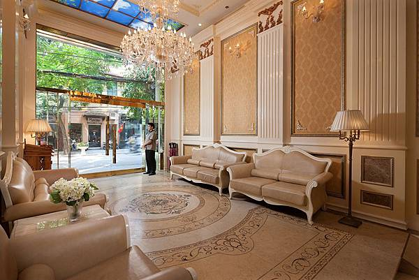 Angel Palace Hotel.jpg