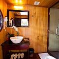 Aphrodite Cruises Bathroom 01.jpg