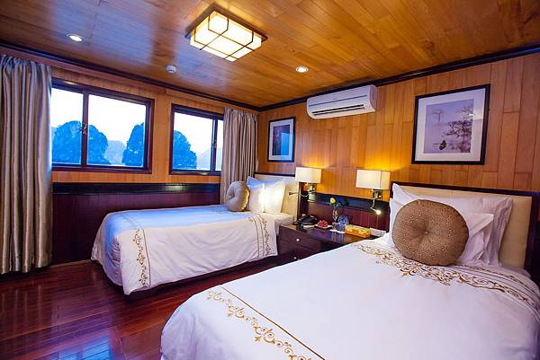 Aphrodite Cruises Luxury TWN.jpg