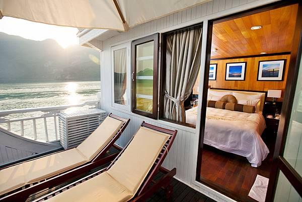 Aphrodite Cruises Terrace Suite 03.jpg