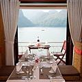 Aphrodite Resturant 03.jpg
