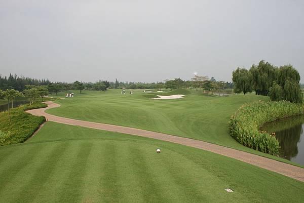 Van Tri Golf Club-06.jpg