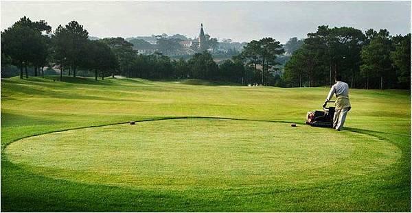 Dalat Palace Golf-04.jpg