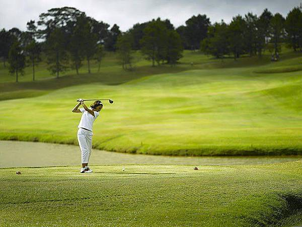 Dalat Palace Golf-02.jpg