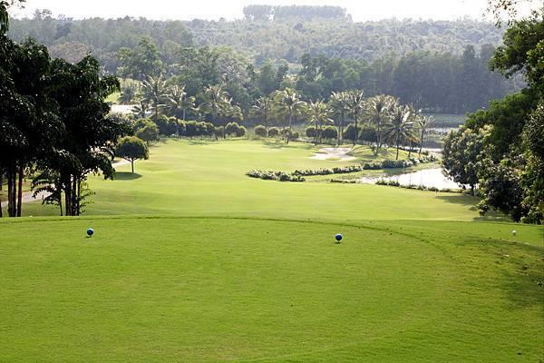 Dong Nai Golf-01.jpg