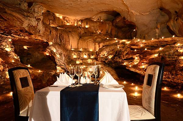 Cave Dinner-03.jpg