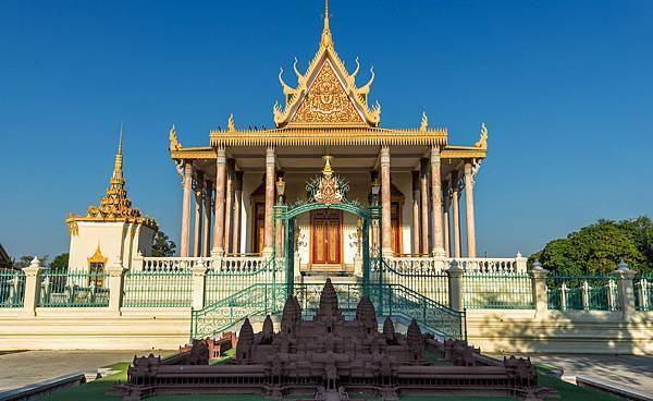 Silver Pagoda.jpg