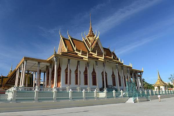 Silver Pagoda-01.jpg