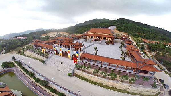 Chua Ba Vang-03.jpg