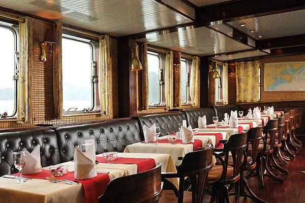 Emeraude Classic Cruises-06.jpg