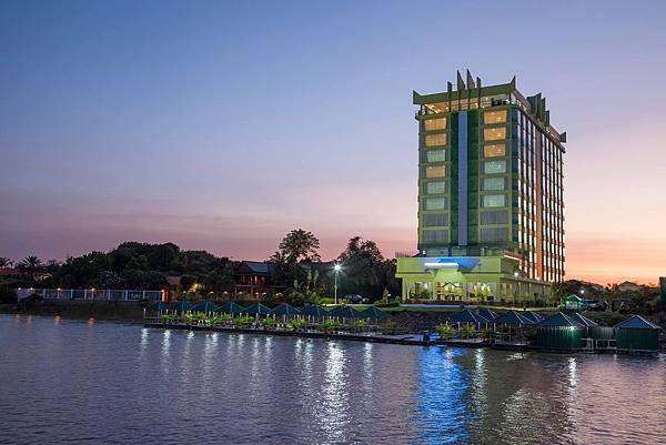 High Sky Hotel.jpg