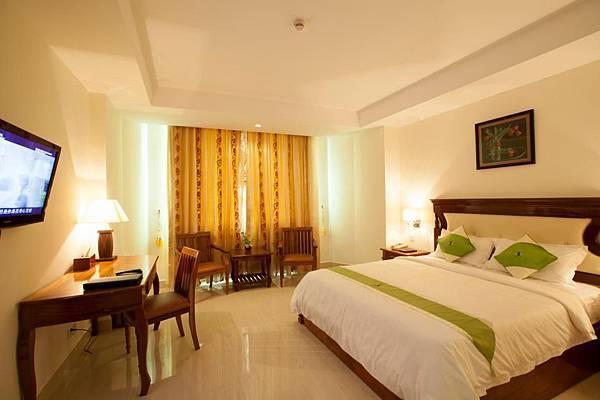 Green Palace Hotel-02.jpg