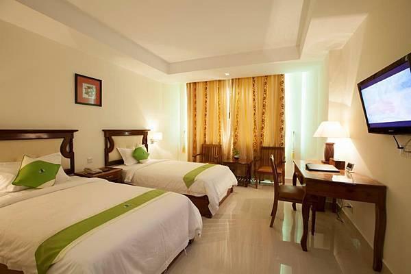 Green Palace Hotel-01.jpg