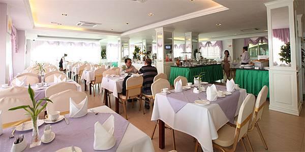Green Palace Hotel-03.jpg