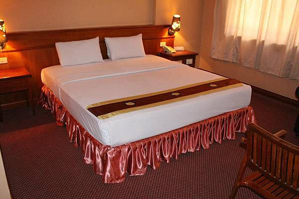 Princess Hotel-01.jpg